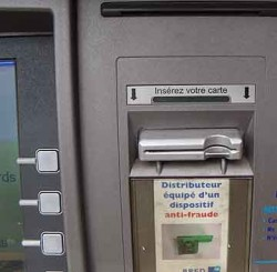 Credit card fraud: Would you notice if a skimmer were attached to an ATM?