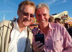 RTL Extra producer Burkhard Kress with pickpocket Bob Arno