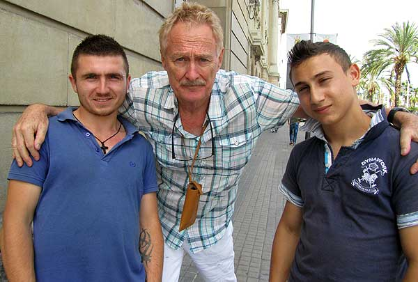 "Bob Arno in Barcelona with two of the three ""table-top boys."""