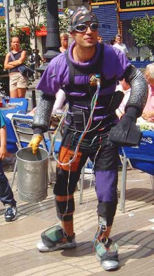 Living statue: Electric Man used to use pre-existing crowds, collecting coins from diners in Ramblas cafes.