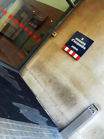 Barcelona pickpocket scene