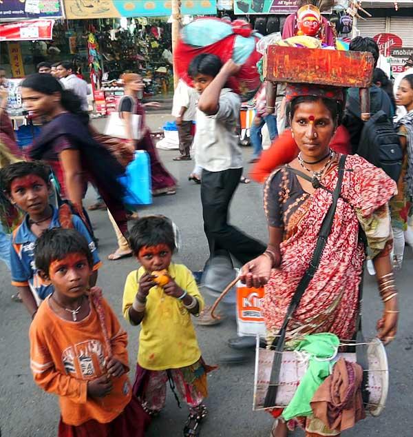 Mumbai beggar family