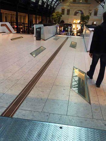 Upskirt Oslo Central Train Station
