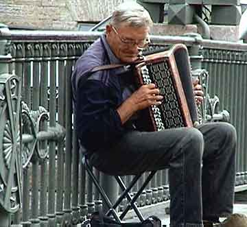 Accordion on a Russian bridge