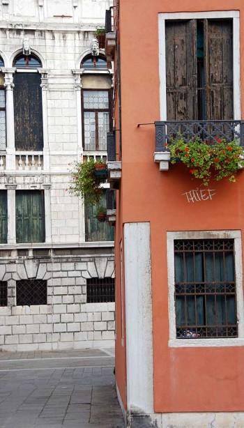 Venice pickpockets